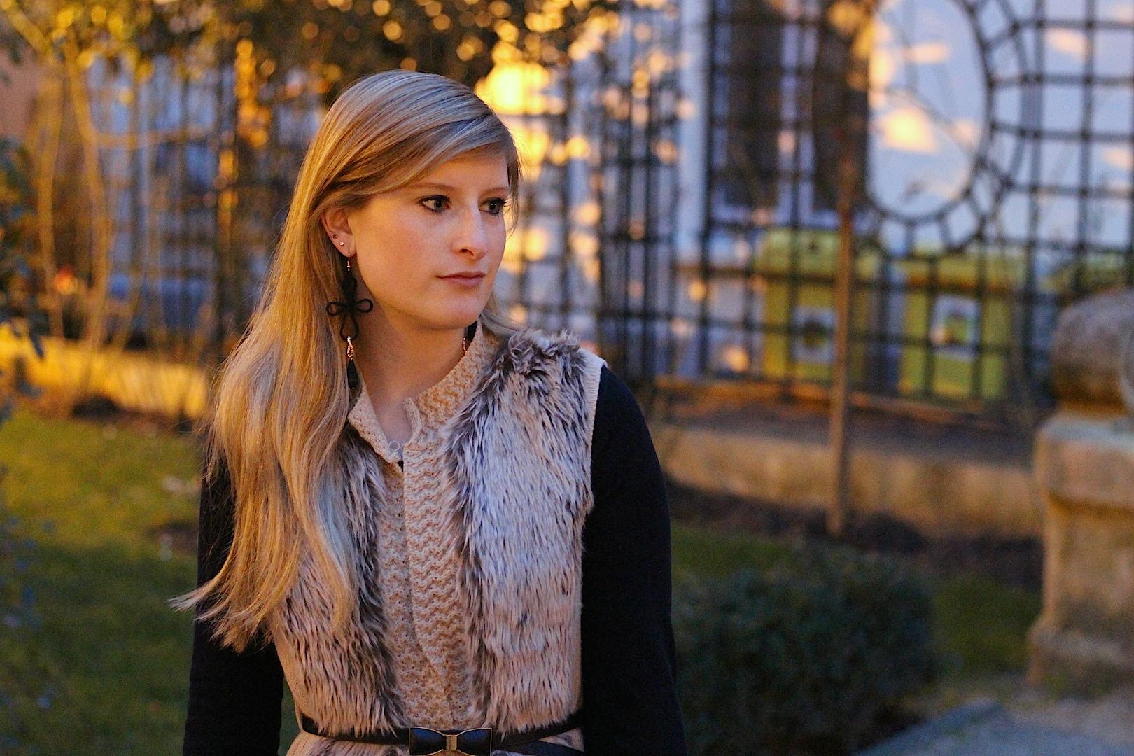 faux fur vest Paris