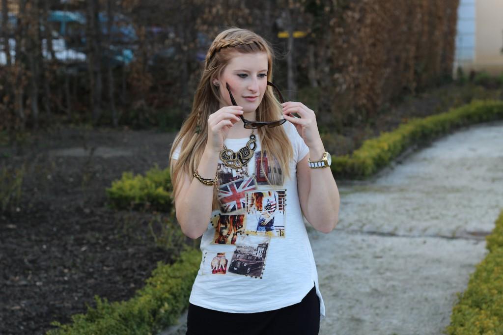 streetstyle Modeblog Deutschland Outfit Lederleggins Printed Shirt