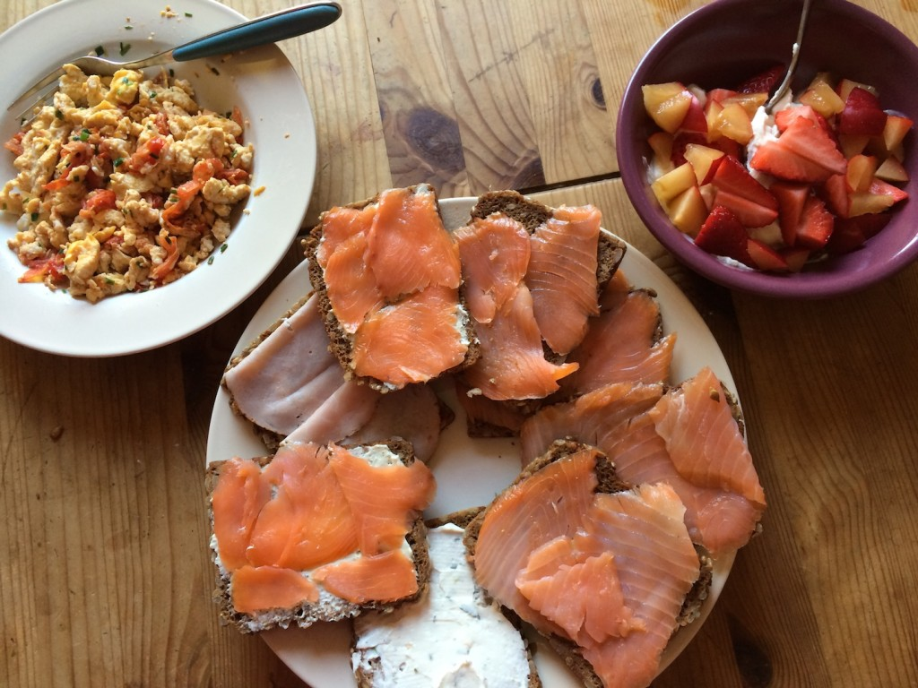 One of my lazy mornings on the weekend - breakfast with salmon, strawberries and eggs. It was amazing :)