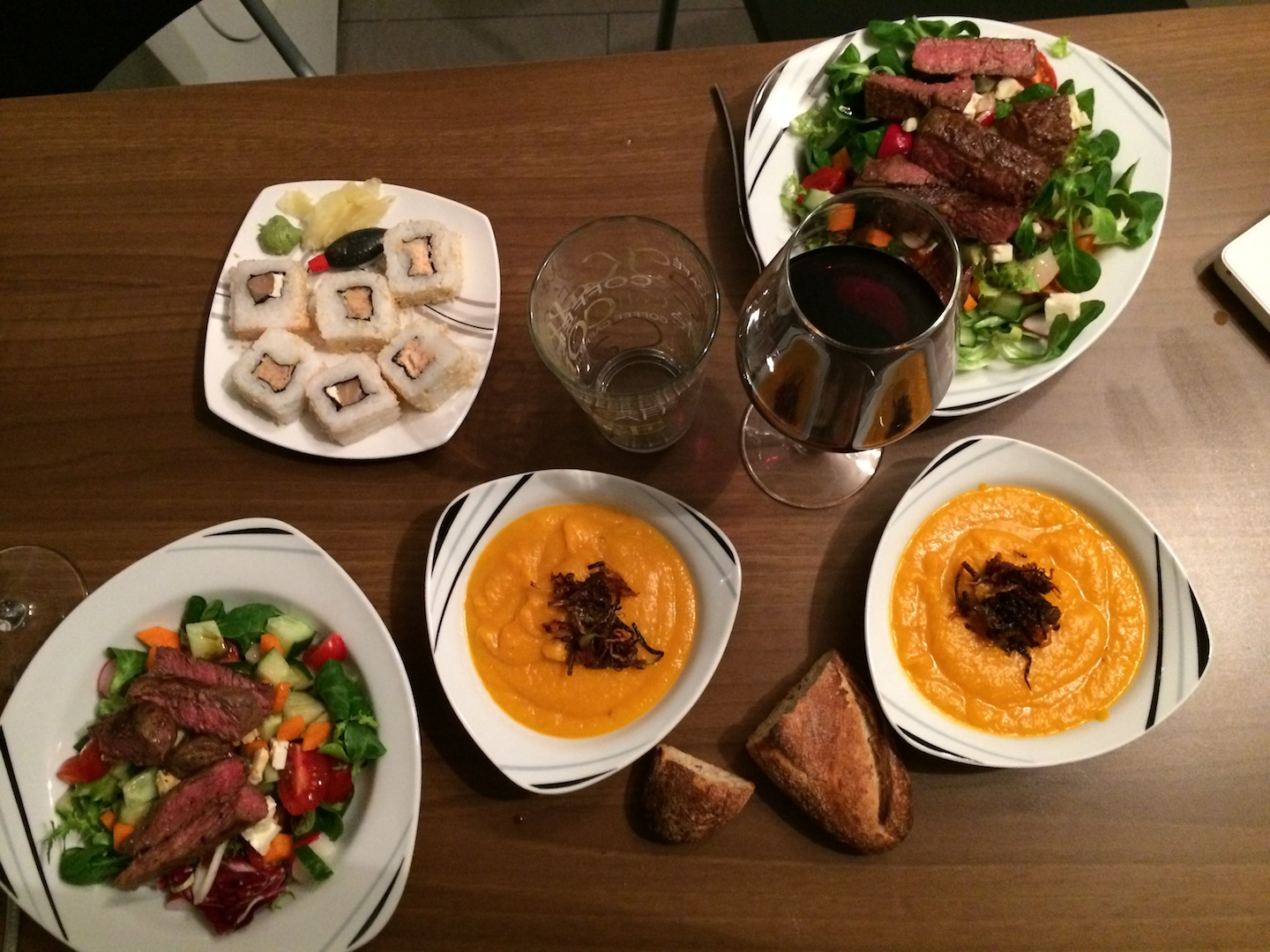We cooked a super delicious pumpkin and carrot soup. Salad with scotch fillet and sushi made it perfect!