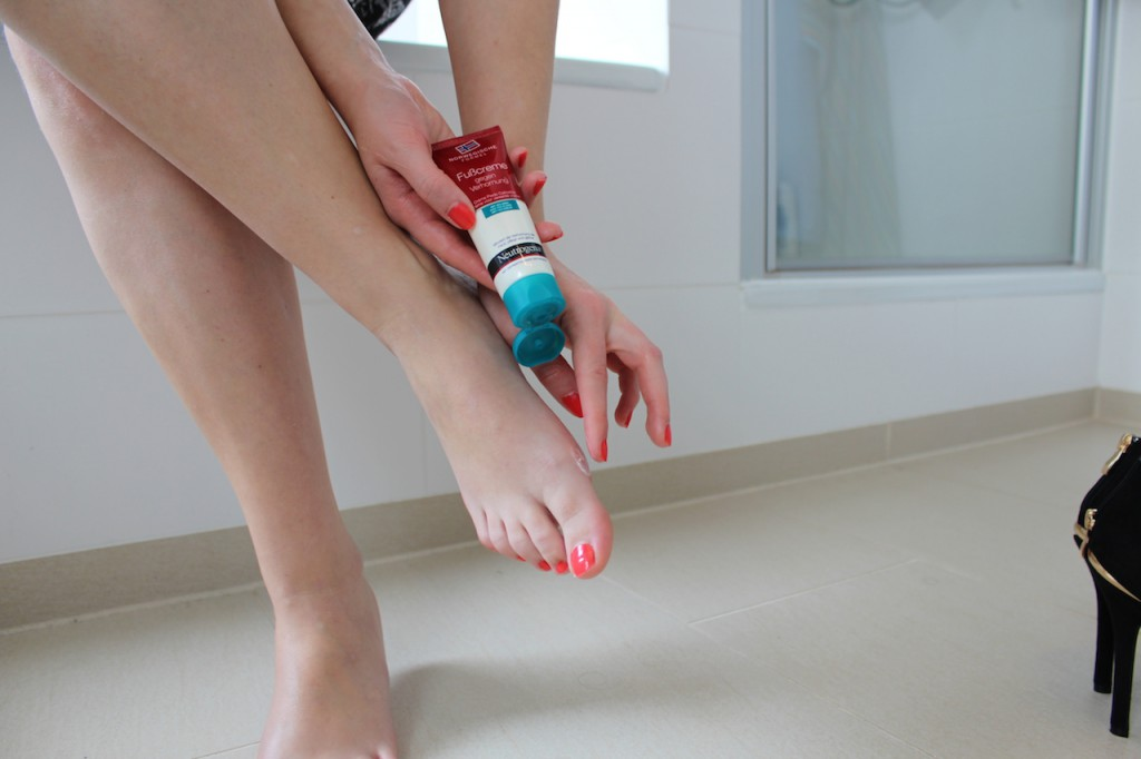 Neutrogena foot cream against keratinisation