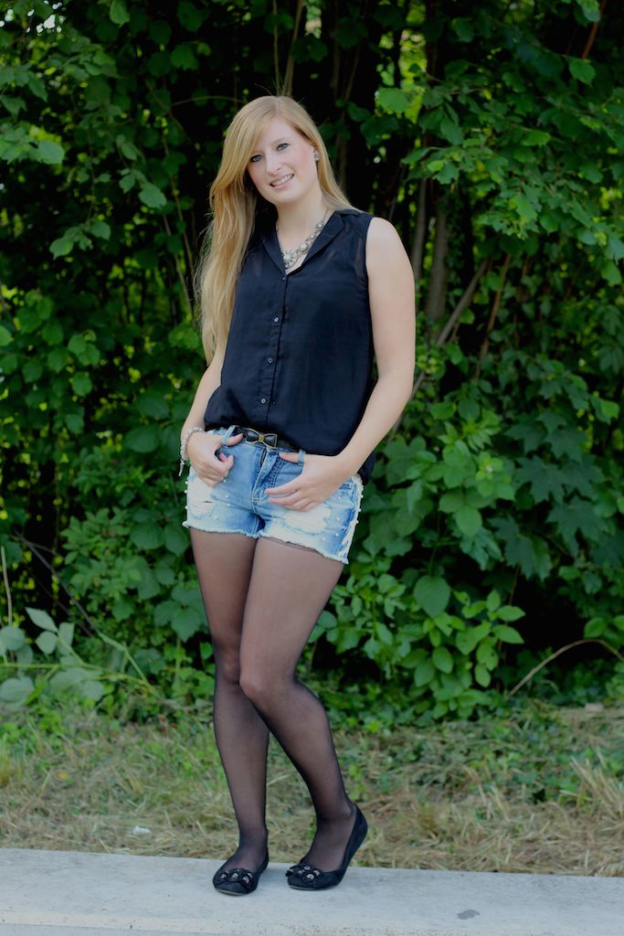 Pearl Hot Pants BrinisFashionBook Jeans Hotpants mit Perlen kombinieren Outfit