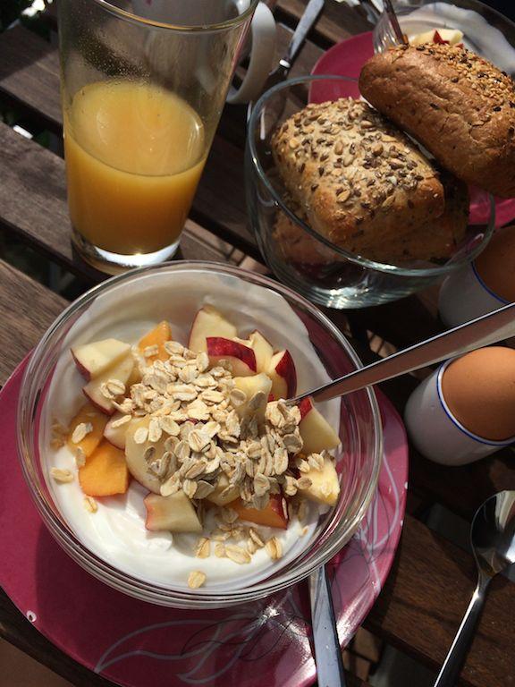 Noch eine Frühstücks-Impression. Ich liebe es einfach mir Zeit für das Frühstück zu nehmen. Ein bisschen Genuss und Entspannung ist das Beste um gut in den Tag zu starten.