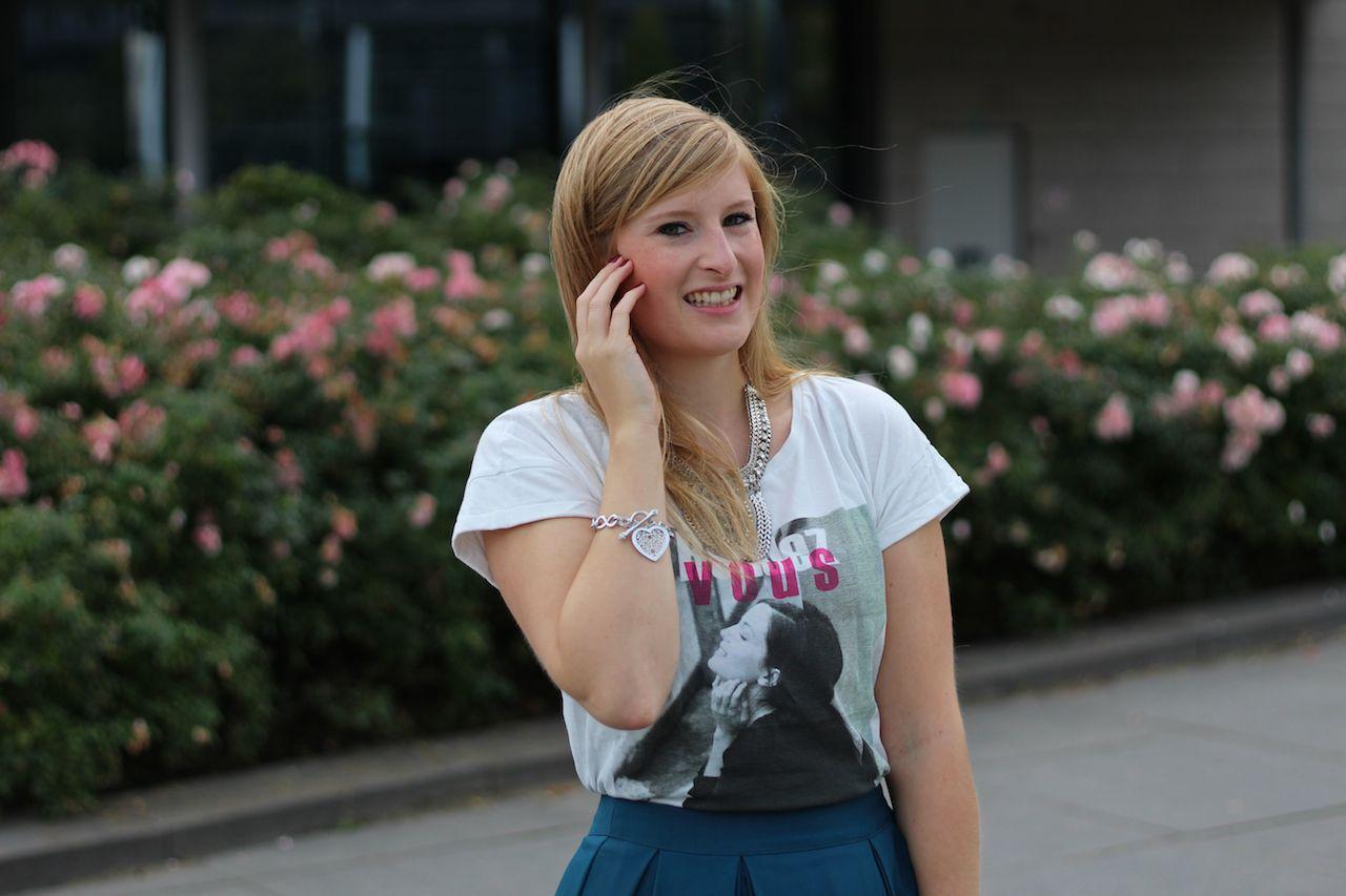 Grüner Midi Rock Herbsttrend in Den Haag T-silber Schmuck Herz graue Michael Kors Tasche