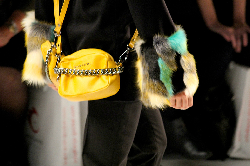 3 Anja Gockel Fashion Week Berlin Show 2015 Details Tasche