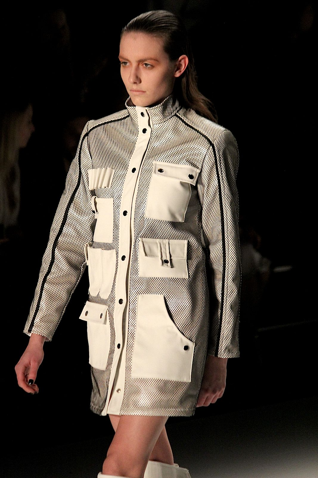 Pearly Wong Fashion Week Autumn:Winter 2015 Jacke