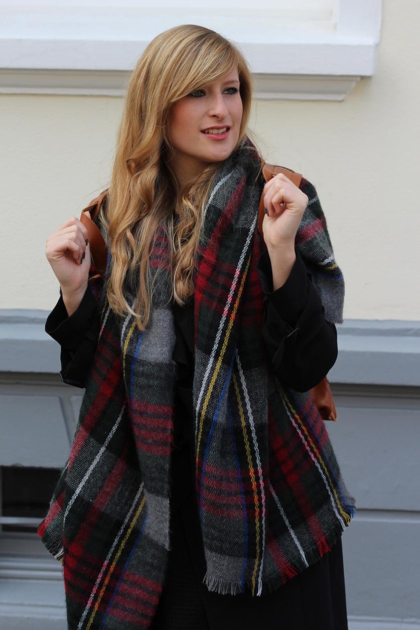 1 Rucksack Layering Schal Mode blog