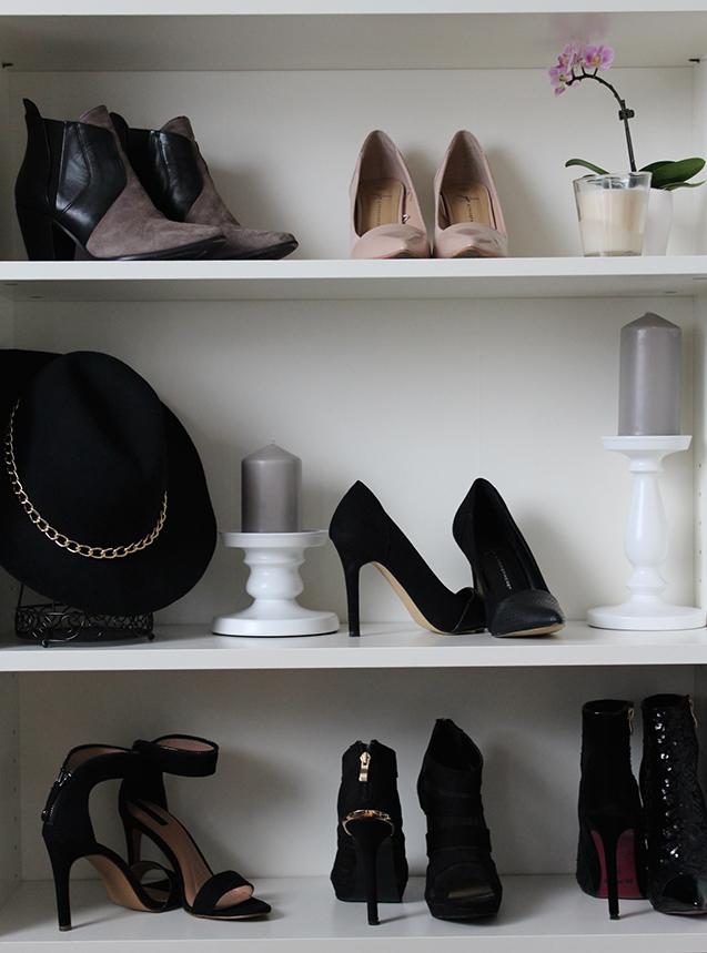 Titel Interior Design schwarz Weiß Heels Blog