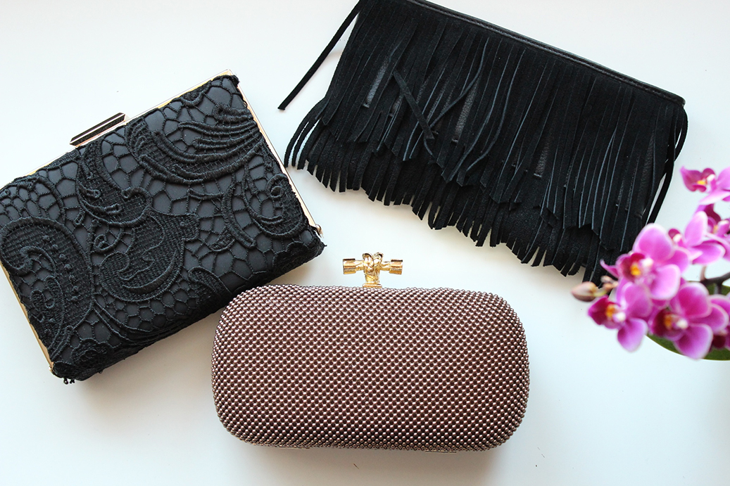 4 Whats in my Bag Clutch schick Inhalt Fashion Blog