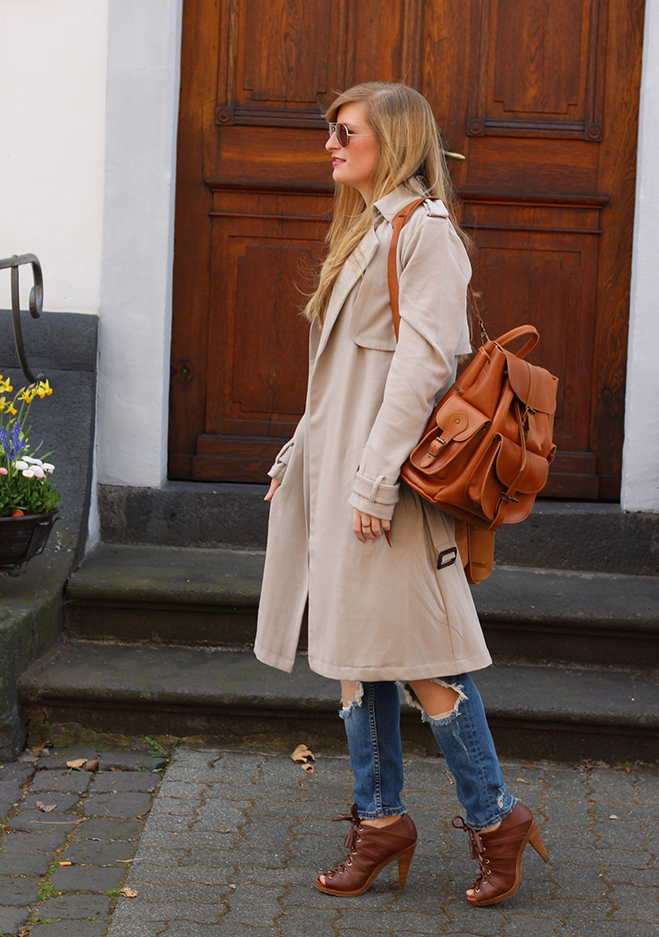 6 klassicher Trenchcoat Tom Tailor streetstyle Blog