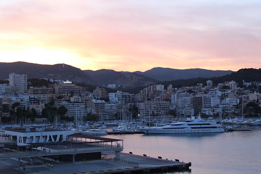 2 MSC Kreuzfahrt Mittelmeer Erfahrungen La Palma Mallorca Hafen