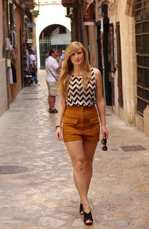 3 Streetstyle Mallorca High Waist Outfit Fashion Blog