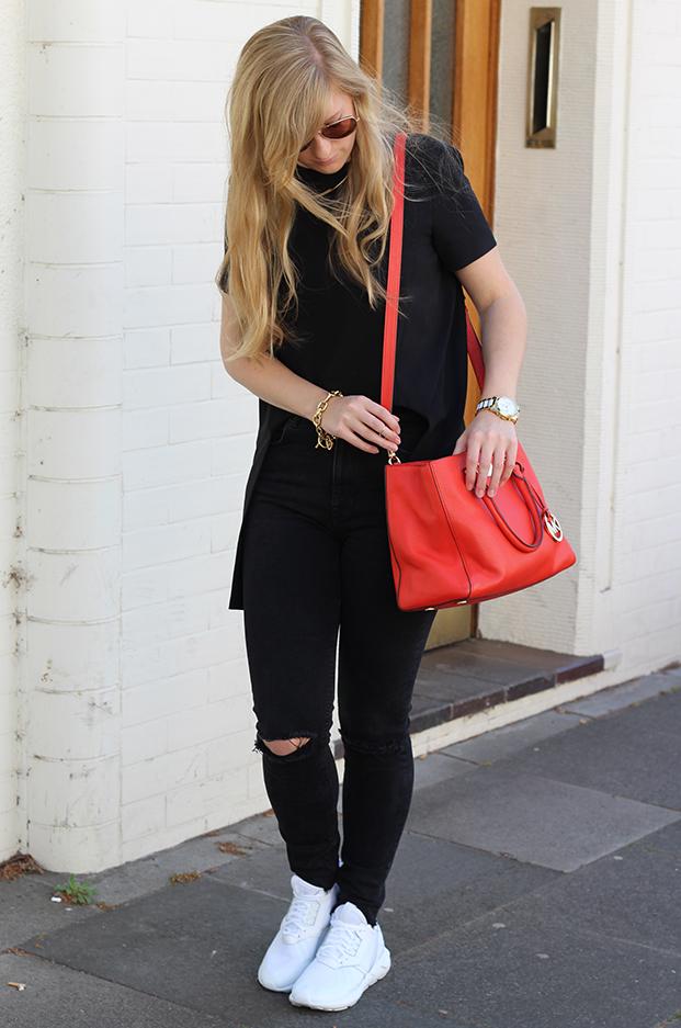 3 weiße Sneaker ootd Modeblog Köln Zara Ripped Jeans