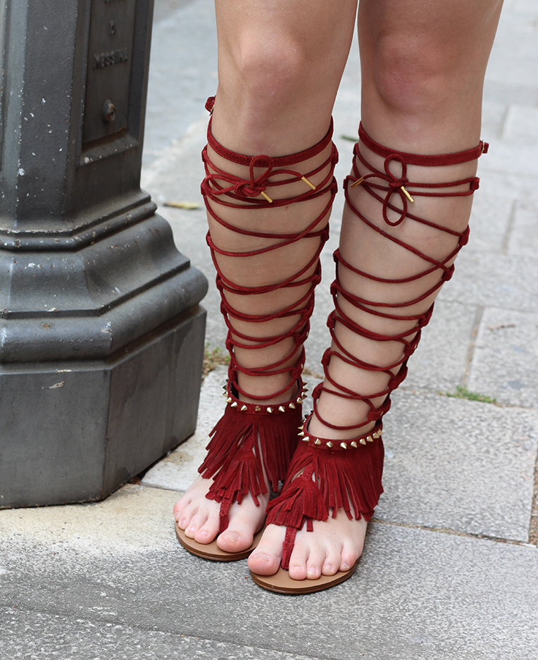 4 rote Gladiator Sandalen Fransen Festival Stradivarius Fashion Blog