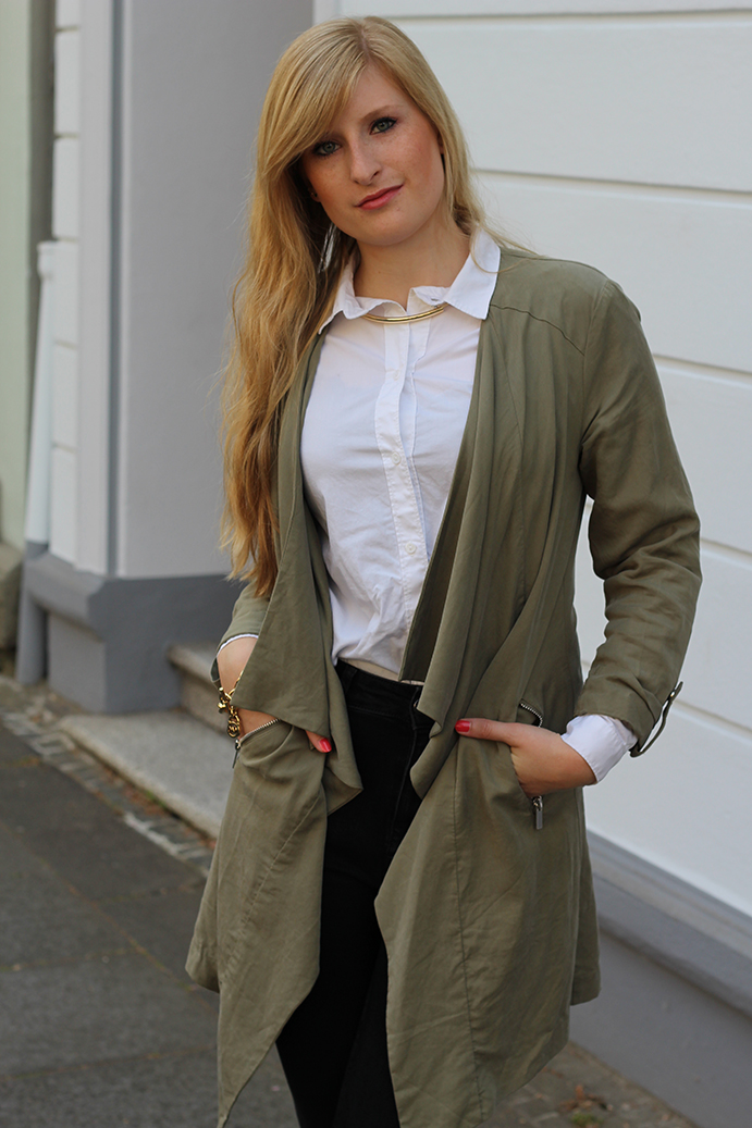 7 Layering weiße Bluse streetstyle Köln outfit of the day