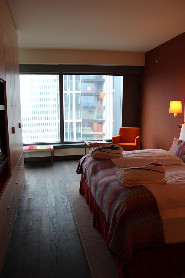 8 Executive Suite im Radisson Blu Frankfurt bei Blogger Workshop Schlafzimmer