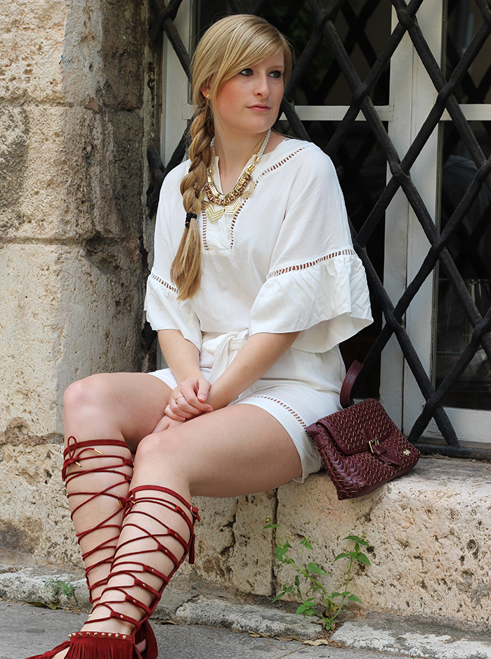 8 Gladiator Sandalen Tunika Jumpsuit outfit Messina