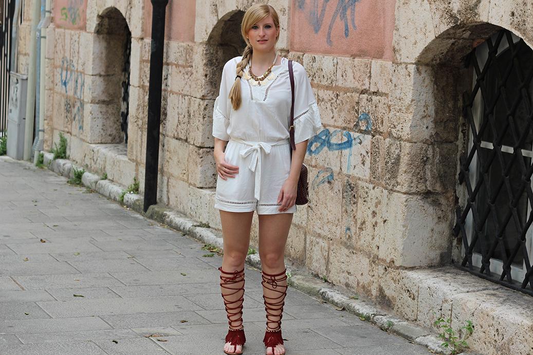 9 Gladiator Sandalen weißer Tunika Jumpsuit streetstyle Messina
