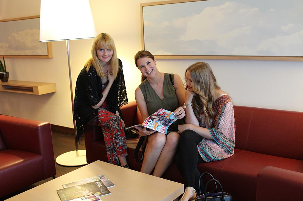 92 Blogger Workshop Frankfurt Bloggerinnen in Präsidenten Suite