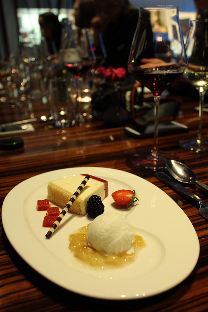 993 Nachtisch Eis Kuchen Erdbeeren Blogger Dinner Frankfurt