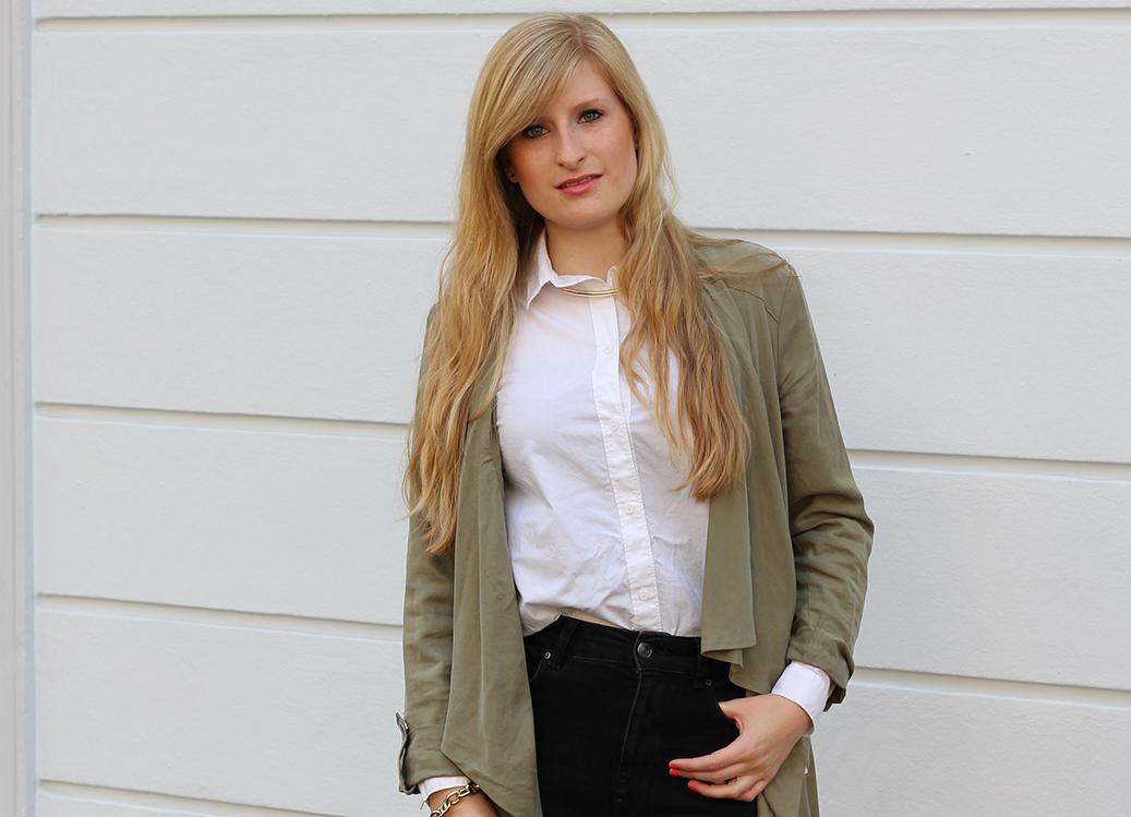 Titel weiße Bluse High Waist Modeblog Köln ootd