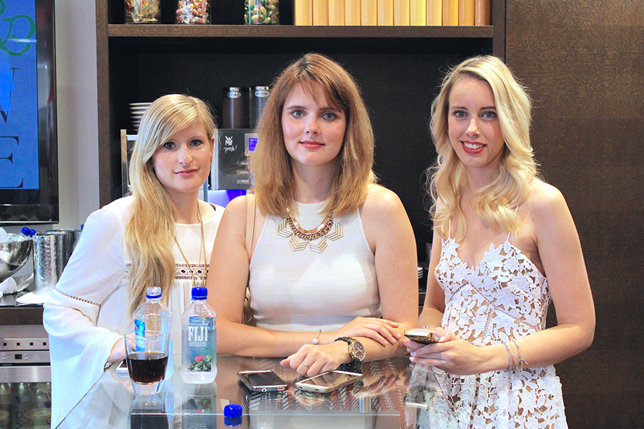 04 Beauty und Fashion Lounge Modebloggerinnen Blog Brini und Julia
