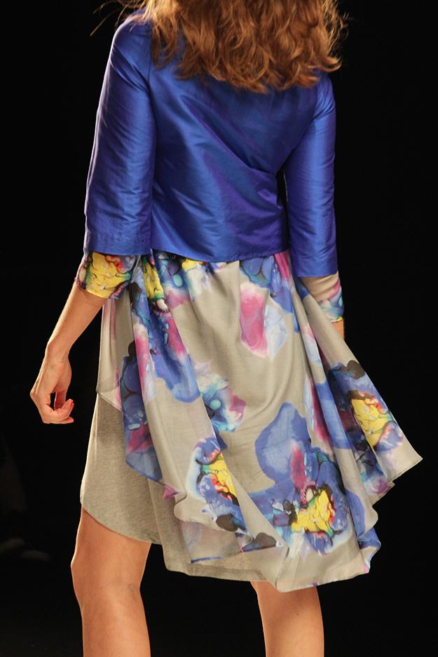 Anja Gockel Fashionshow Amelia Fashion Week Juli 2015 blaue prints 02