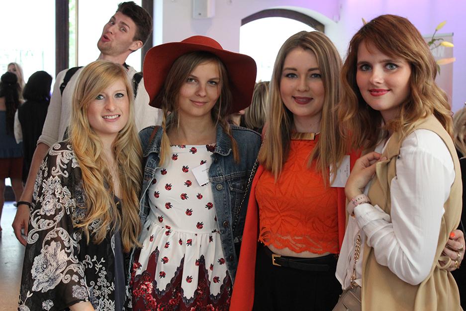 Fashion Blogger Cafe Berlin Juli 2015 Modebloggerinnen