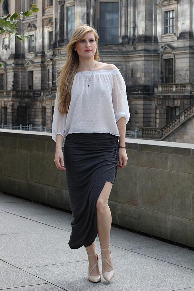 Outfit Fashion Week Berlin Streetstyle langer Rock Tunika Shirt 3