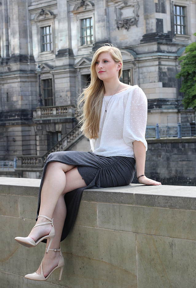 Outfit Fashion Week Berlin Streetstyle langer Rock Tunika Shirt 6
