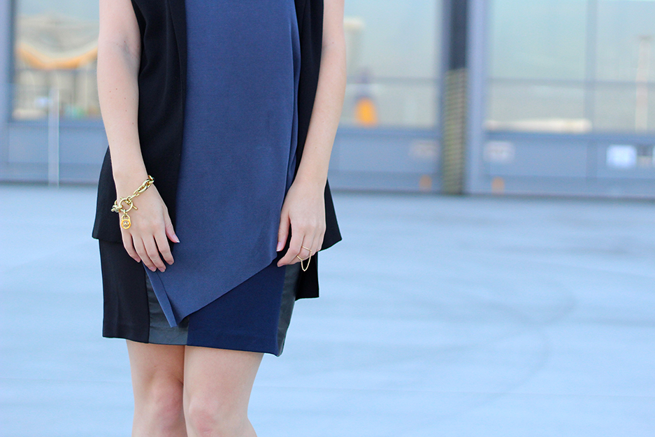 03 Style Tipp Modeblog Blau und Schwarz kombinieren Materialmix