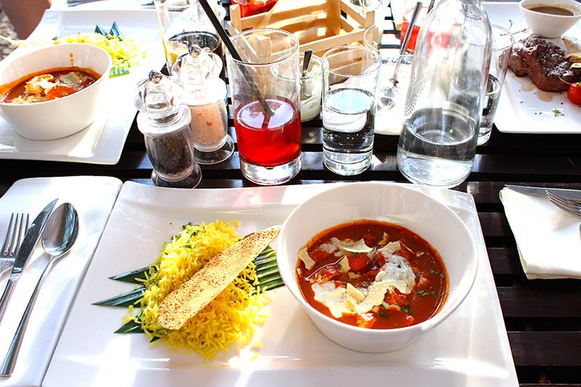 Restaurant Heat Berliner Dom Hähnchencurry Dinner
