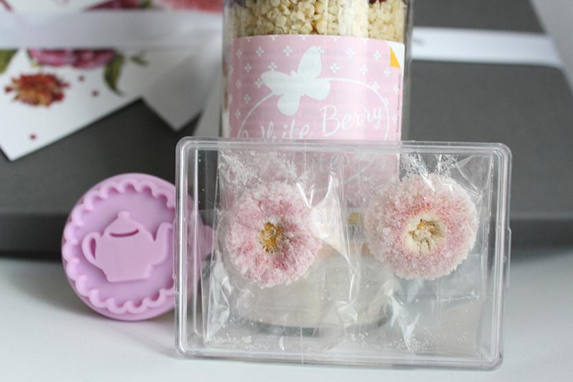 Omatag_Blüten_Dekoration_Cookies_Geschenkidee_Uebersicht
