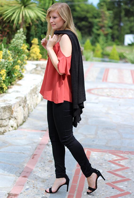 Petite Fashion Blog Griechenland OOTD Lookbook Cardigan schwarz Zalando 9