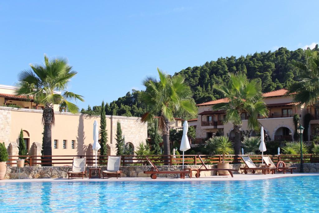 Hotel Pool Anlage Chalkidiki Griechenland Reiseblog Travelblog Travelblogger Urlaub