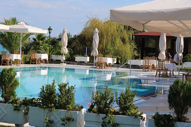 Reiseblog Urlaub Griechenland Meer Strand Pool Hotel Bericht Aegean Melathron Thalasso Spa