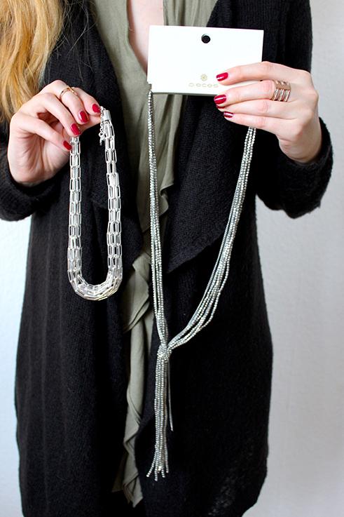 silberner Schmuck Pieces silberne Ketten Statement Blog Accessoires Brinis Fashionbook