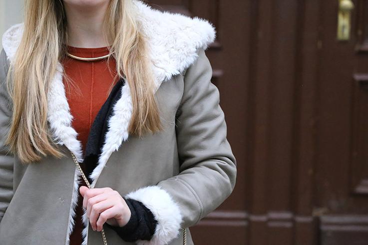 Reiseoutfit grauer Ledermantel Zara Fell Fashion Week Berlin Winter streetstyle 2