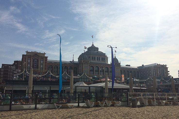 Strandhotel_Scheveningen_Den_haag_Stadtstrand_Holland_Travelblog_Reiseziele_Europa _Reiseberichte