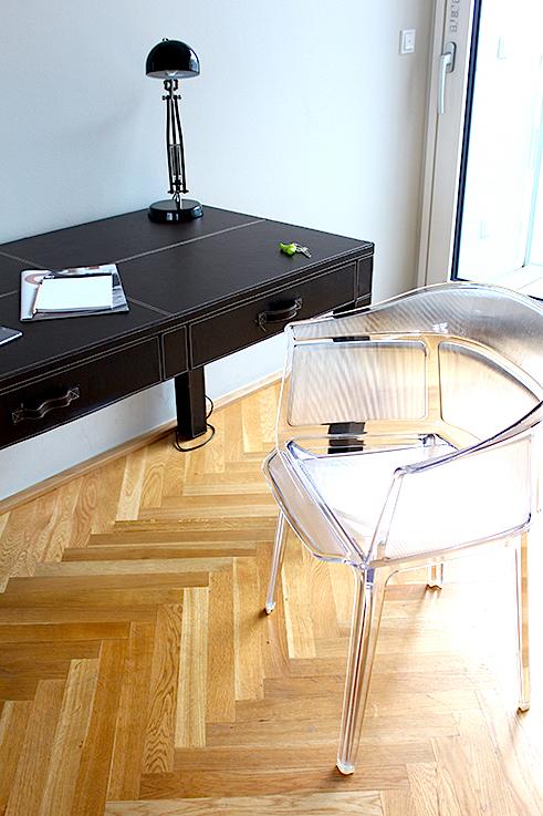 Blogger Apartment Berlin Fashion Week Circus Apartments Interior Innendesign Plastik Stuhl