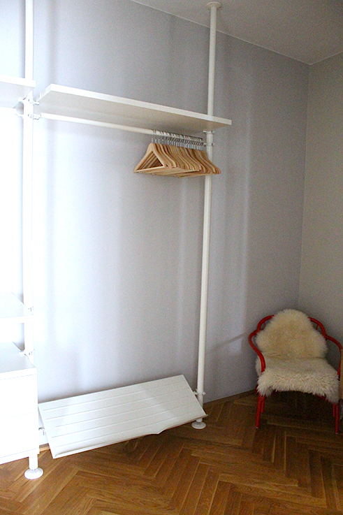 Blogger Apartment Berlin Fashion Week Circus Apartments begehbarer Kleidershrank Innendesign