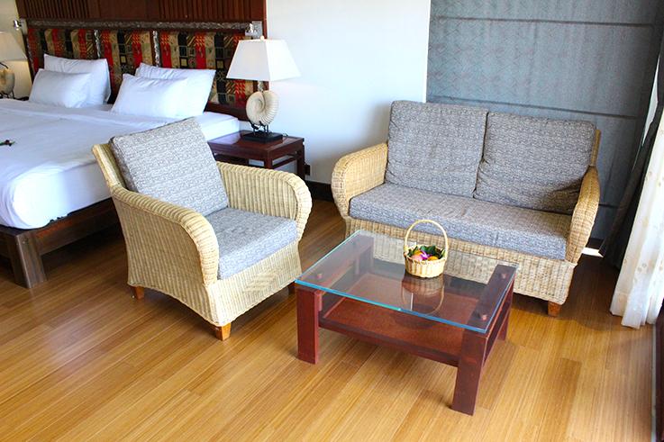 Hotel_Review_The_Haven_Khao_Lak_Sitzecke_Travelblog_Luxusresort