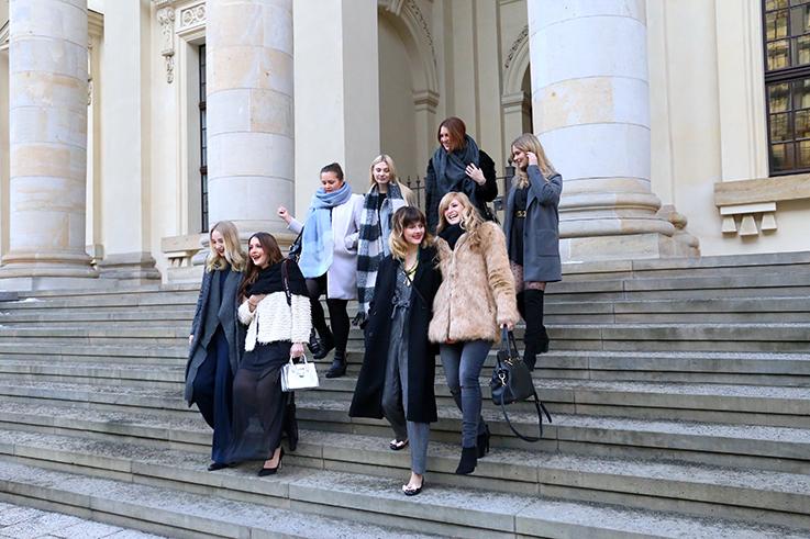Modeblog Köln Modebloggerinnen Freundinnen Fashion Week Gruppenbild Girls Power