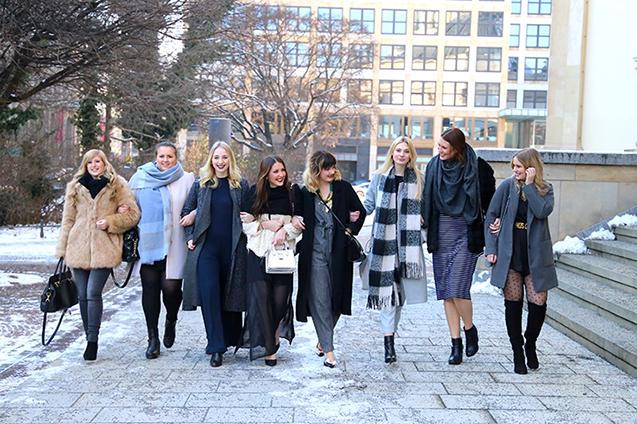 Modeblog Köln Modebloggerinnen Freundinnen kiamisu_brinisfashionweek_whenlovespeaks_thegoldenkitz_fashionvernissage_desbelleschoses