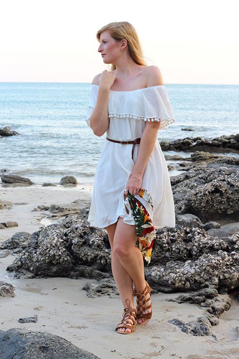 Weißes Schulterfreies Strandkleid Sommertrend 2016 Off-Shoulder Koh Lanta Thailand Strandoutfit Modeblog Brinisfashionblog 92