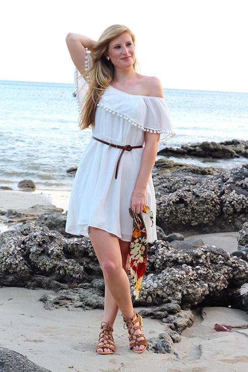 Weißes Schulterfreies Strandkleid Sommertrend 2016 Off-Shoulder Koh Lanta Thailand Strandoutfit camel Riemchensandalen 4 Reiseblog