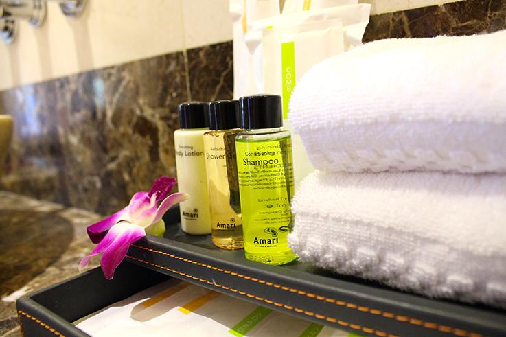 Amari Vogue Krabi Thailand Luxushotel Hotelbericht Review Reiseblog Badezimmer