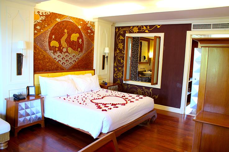 Amari Vogue Krabi Thailand Luxushotel Hotelbericht Review Reiseblog Suite King Size Bett