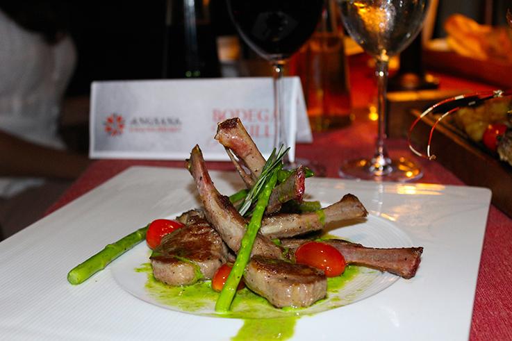 Angsana_Laguna_Bodega_und_Grill_Restaurant_Lammfilet_Travelblog_Luxushotel_Thailand