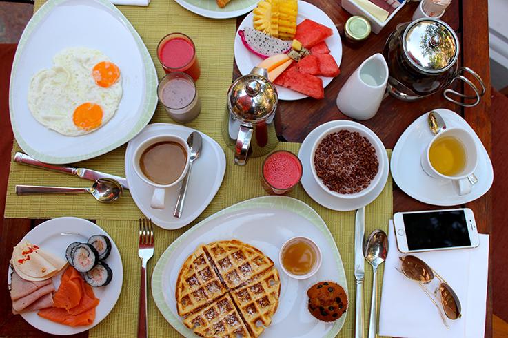 Frühstück Buffet Amari Vogue Krabi Thailand Luxushotel Hotelbericht Review Reiseblog